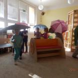 Hrajeme si s deštníčky 1